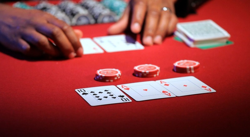 Tips Trik dan Strategi Poker Online