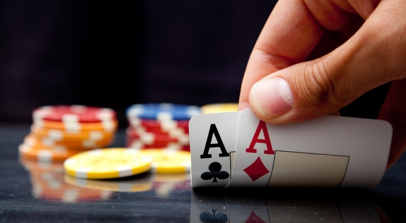 Strategi Bermain Texas Poker Online