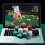 Hasilkan Uang Tambahan Melalui Judi Online